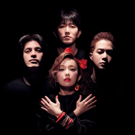 Funky那個女孩 (feat. 藍心湄) 專輯封面