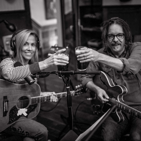 Sheryl Crow & Jeff Trott: The History of Us (Track-by-Track) 專輯封面