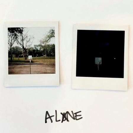 Alone 專輯封面