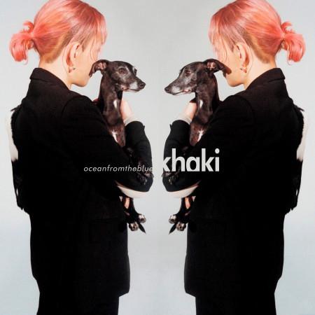 khaki 專輯封面