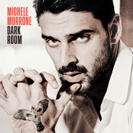 Dark Room (Bonus Edition) 專輯封面
