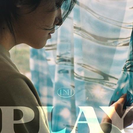 PLAY 專輯封面