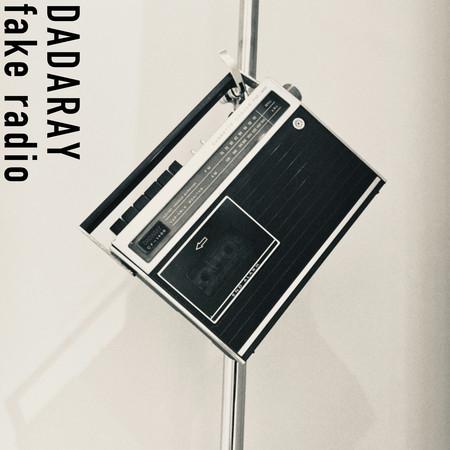fake radio 專輯封面