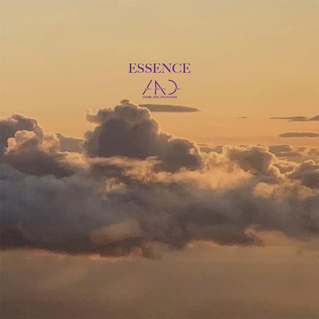 ESSENCE 專輯封面